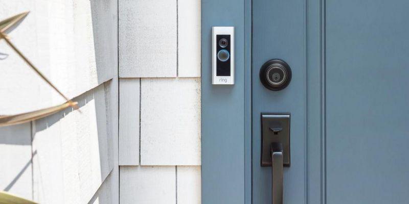 """Die smarte Türklingel """"Video Doorbell Pro"""" von Ring."""