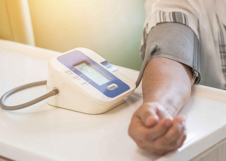 Ein Blutdruckmesser liefert wichtige Informationen für Ihre Gesundheit.