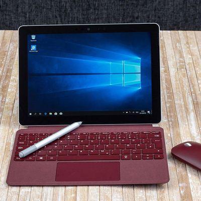 """Das Microsoft """"Surface Go"""" ist ein praktisches Gerät für unterwegs."""