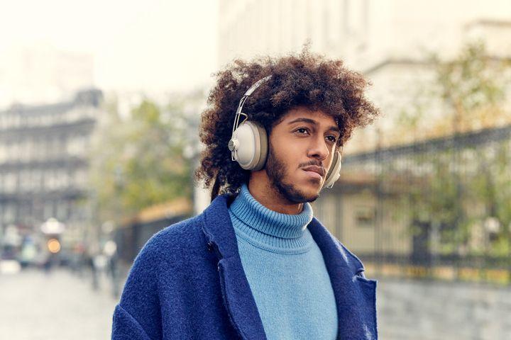 Kopfhörer liegen im Trend.