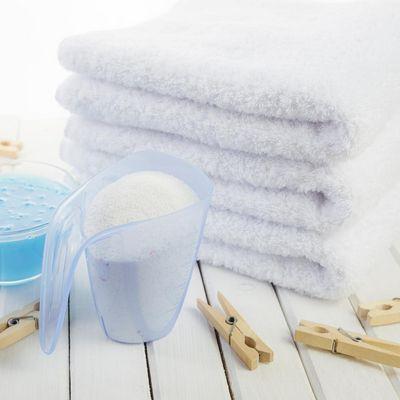 Die richtige Waschmittelmenge schont die Waschmaschine und die Umwelt.