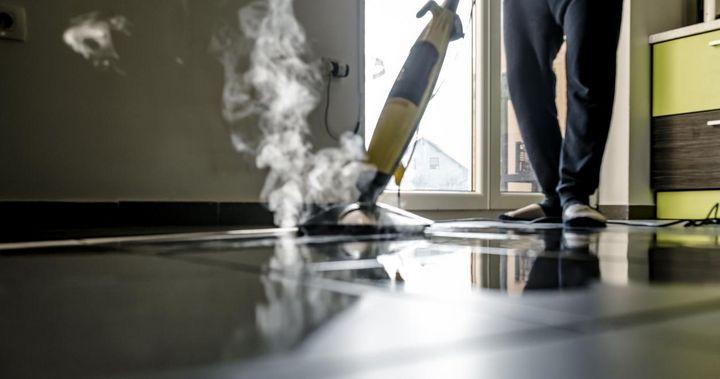 Dampfreiniger eigenen sich für eine gründliche Reinigung von Allergiker-Haushalten besonders gut.