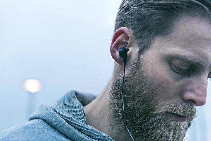 Kopfhörer sorgen für Musikgenuss beim Sport.