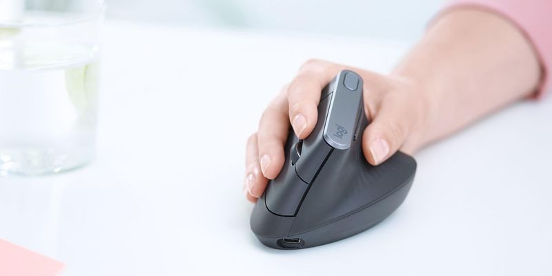 Fünf ergonomische Mäuse für das Home-Office.