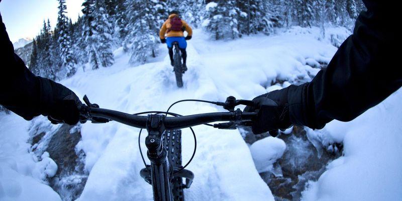 Mit dem E-Bike durch den Winter: 3 Tipps für sicheren Fahrspaß.