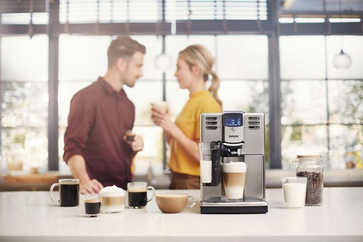 "Der Philips-Kaffeevollautomat ""Series 5000 LatteGo""."