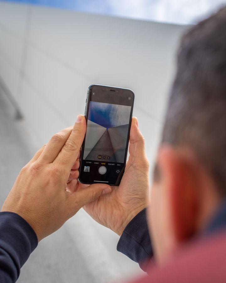 """Wunderschöne Fotos gelingen mit den Weitwinkel-Objektiven des neuen """"iPhone 11 Pro"""" auch bei spannenden Perspektiven."""