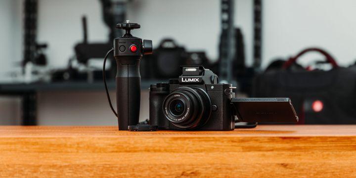 """Die Panasonic-Systemkamera """"Lumix DC-G110K""""."""