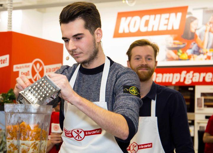 Team Thomas beim Live-Kochen.