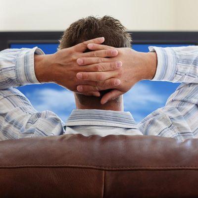 Den Computer mit dem TV verbinden.