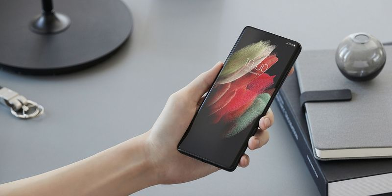 5 Smartphones mit starkem Akku