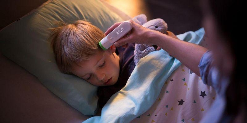 """""""Thermo"""" von Nokia Health ist ein Schläfenthermometer."""