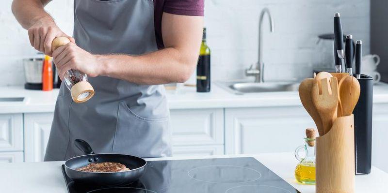 Mit smarten Kochfeldern brennt nichts an und kocht nichts über.