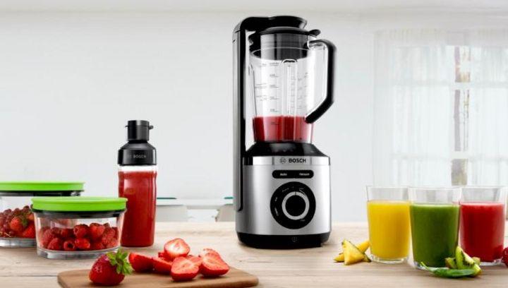 """Die Vitamine bleiben im Standmixer """"Bosch VitaMaxx"""" durch ein beim Mixen entstehendes Vakuum besser erhalten."""