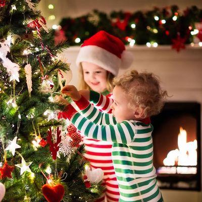 Werden Sie mit diesen Foto-Tipps zum Weihnachts-Liebling in Ihrer Familie.
