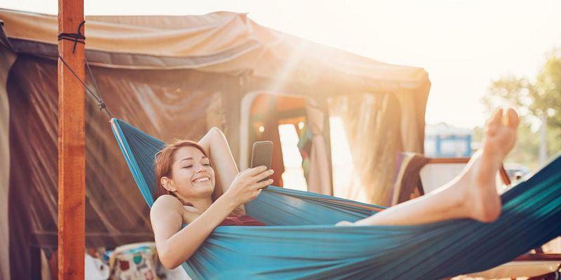 """Nicht ohne meine Powerbank: Smartes Camping ist """"in""""."""