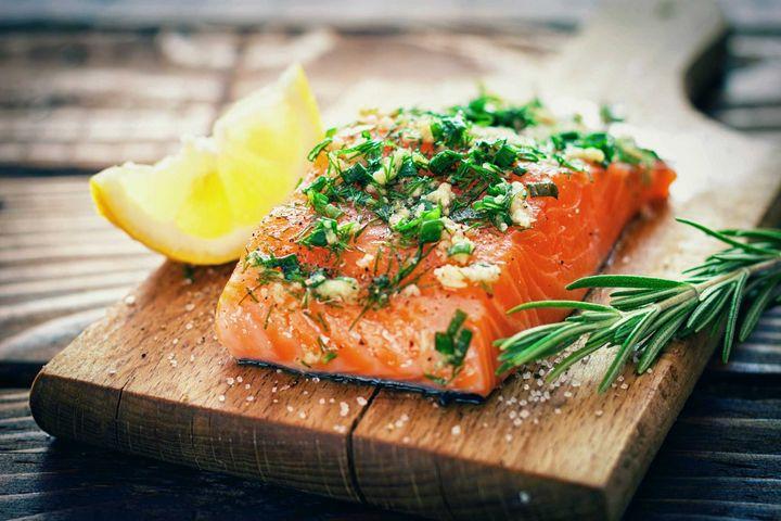 Fisch und Milchprodukte sind tolle Zink-Lieferanten.