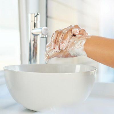 Die richtige Pflege für trockene Hände