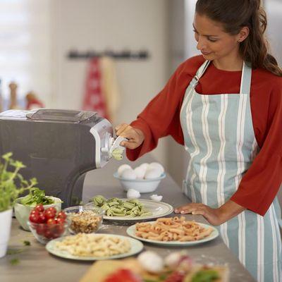 MediaMarkt stellt die passenden Geräte für die gesunde Fitnessküche bereit.