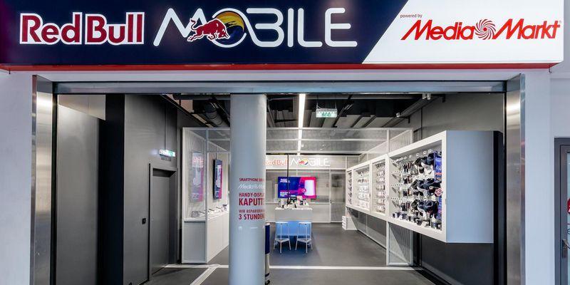 """Zwei Red Bull Mobile Shops """"powered by MediaMarkt"""" kommen nach Wien."""
