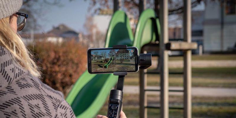 Der Gimbal von Rollei für Smartphones.