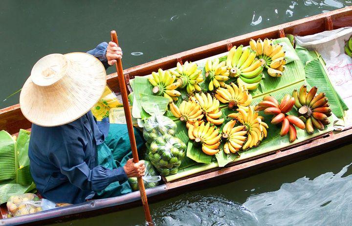 Suchen Sie sich farbenfrohe Motive, um Abwechslung in Ihre Urlaubs-Fotos zu bekommen.
