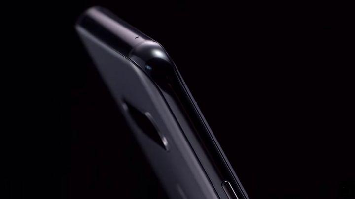 LG V40 ThinQ: Neues Smartphone-Flaggschiff mit fünf Kameras vorgestellt.