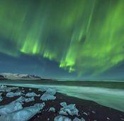 Wenn Sie in nördliche Länder reisen, bietet sich die Chance, Polarlichter mit der Kamera festzuhalten.
