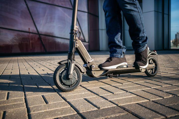 Unterwegs mit dem E-Scooter.