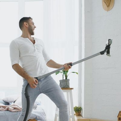 Mit modernen Geräten kann auch Staubsaugen Spaß machen.
