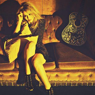 """Kylie Minogue stellt ihr neues Album """"Golden"""" vor."""