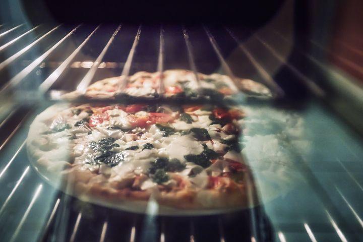 So gelingt die Pizza noch besser.