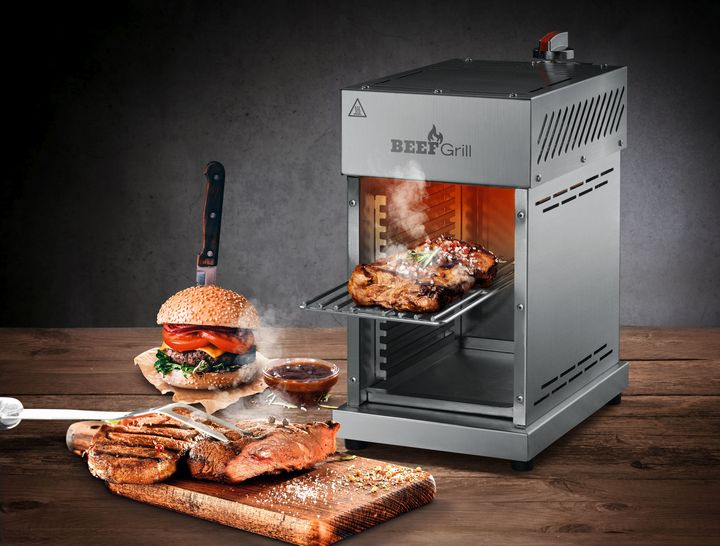 "Mit dem ""GourmetMaxx Beef Maker"" gelingen Steaks und Burger-Patties garantiert."