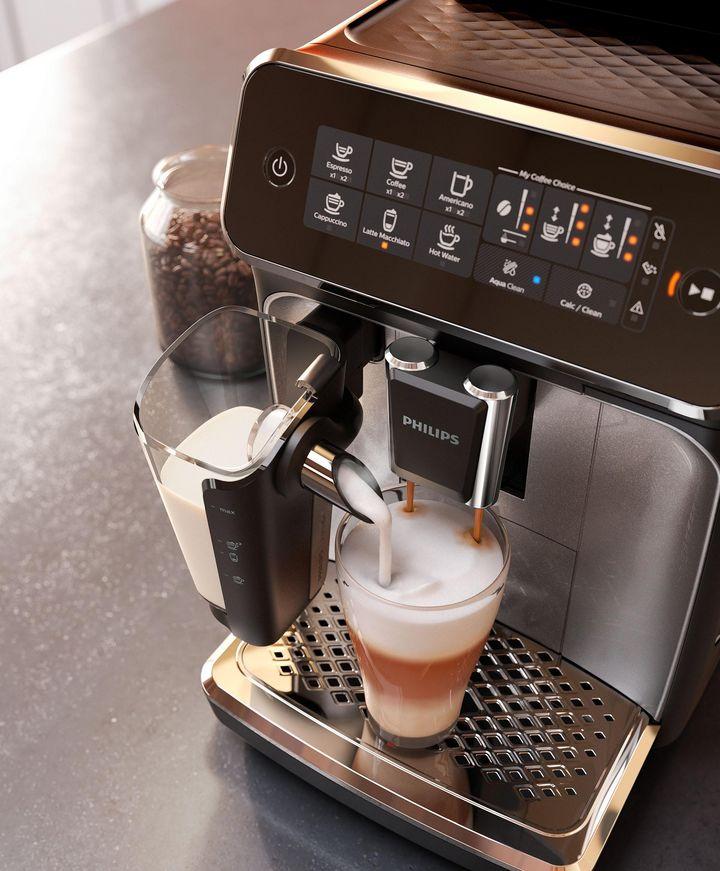 """Fünf Kaffeespezialitäten mit individueller Aromaauswahl kann der Kaffeevollautomat """"Philips Series 3200 EP3246/70"""" schnell und unkompliziert zubereiten."""