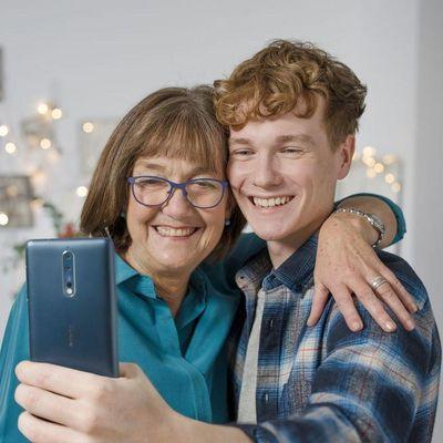 """Das Smartphone """"Nokia 8""""."""