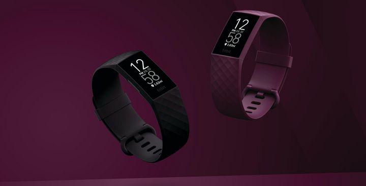 """Innovative Funktionen wie PurePuls 24/7 Herzfrequenzmessung, Sleep Tracking und Aktivzonenminuten ist die """"Fitbit Charge 4"""" ausgestattet."""