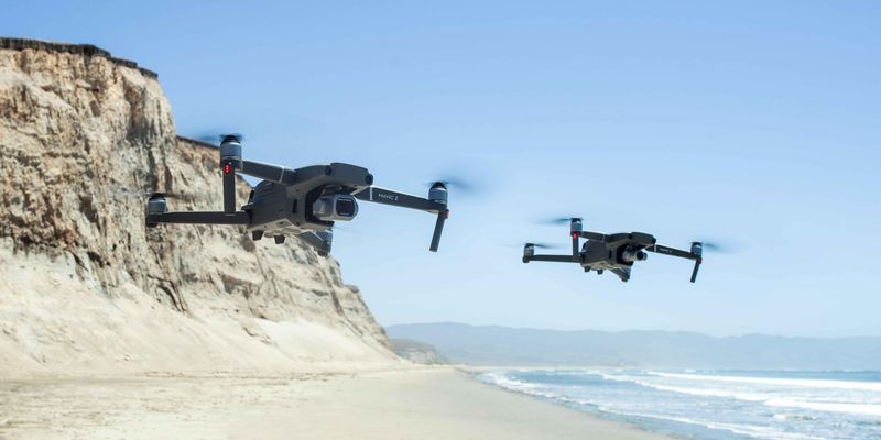 DJI präsentiert zwei neue Profi-Drohnen.