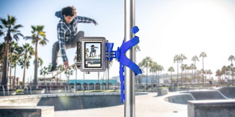 """""""Squiddy"""" ist für alle Smartphones und Kameras mit ¼-Zoll-Gewinden geeignet."""