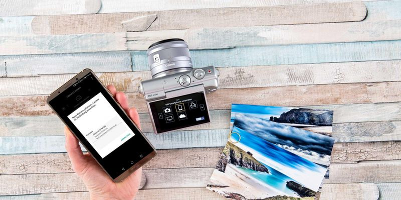 Die Canon EOS M100 ist eine spiegellose Systemkamera.