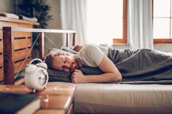 Ausreichender Schlaf stärkt den Kreislauf.