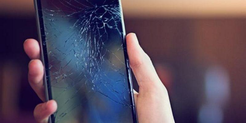 Mit diesen Tricks lassen sich die Handy-Daten trotz kaputtem Display retten.