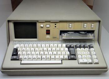 Erster tragbarer Computer