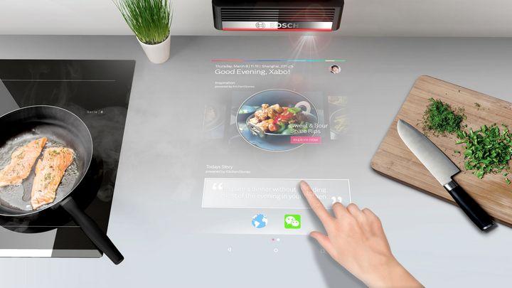 Bosch macht die Arbeitsfläche zum Touchscreen.