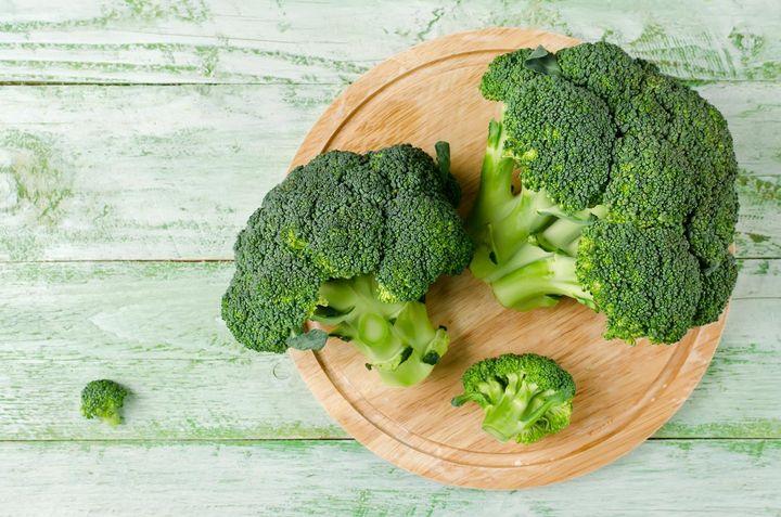 Spurenelemente, die positiv auf das Gehirn einwirken: Im Brokkoli stecken Eisen, Phosphor und Kalzium.