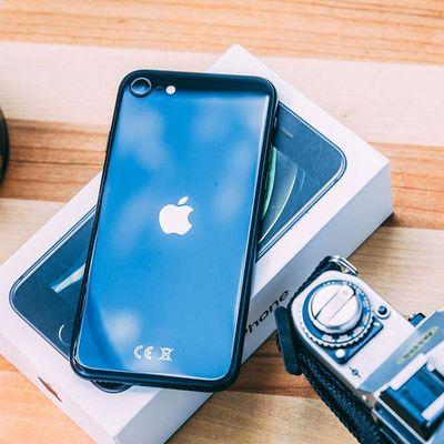 """Die besten Features des neuen """"iPhone SE 2020"""" von Apple."""