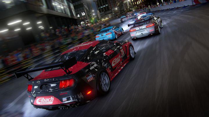 Neue Autos für Racing-Fans.