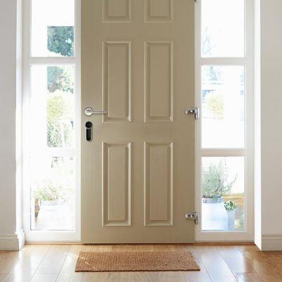 """""""Eve Lock"""" von Elgato verriegelt die Tür automatisch und kann per App gesteuert werden."""
