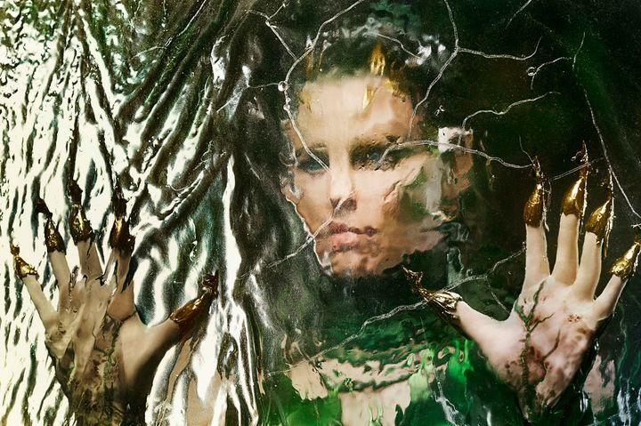 Elizabeth Banks als Rita Repulsa